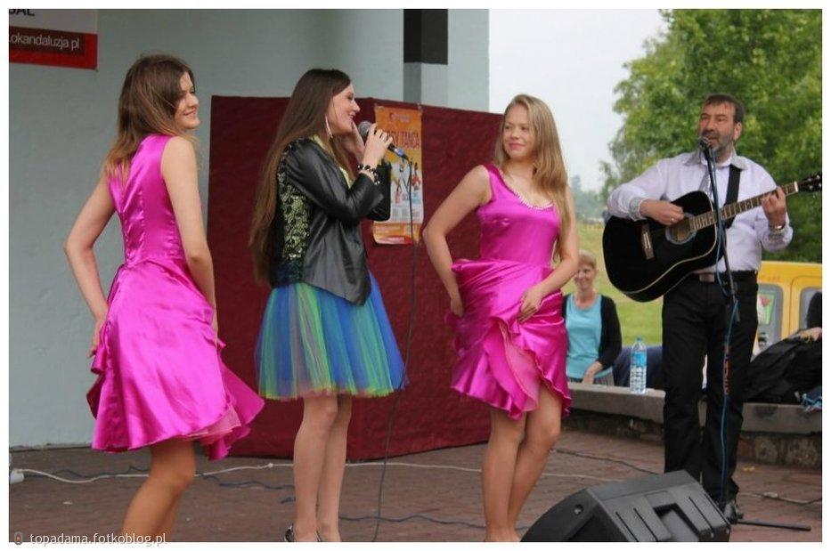 http://www.fotkoblog.pl/media/foto/192139_28062015-piekary-slaskie-kamien.jpg