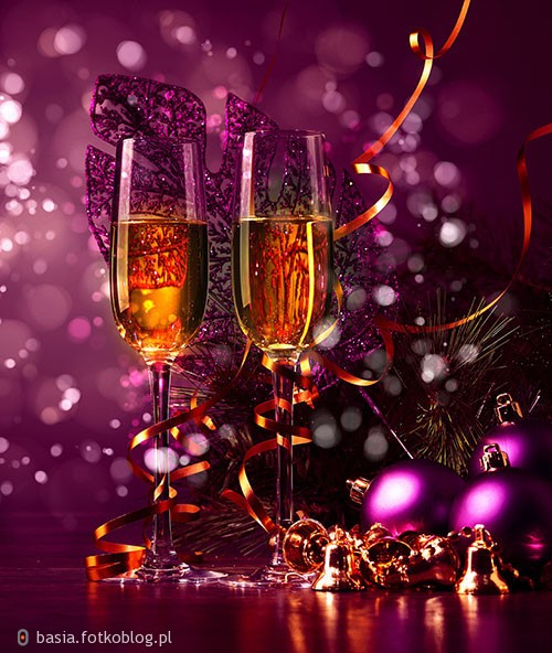 życzę wszystkim szalonej zabawy sylwestrowej oraz Szczęsliwego Nowego Roku 2017..
