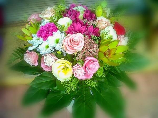 Najpiękniejsze kwiaty pochodzą z głębi serca.  ..