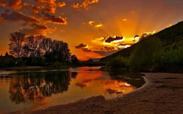 Biednym nie jest ten kto nie ma ani grosza. Biedny człowiek to ten, który nie ma marzeń. ..