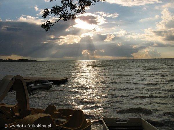 ,,przystań..Jezioro Śniadrwy