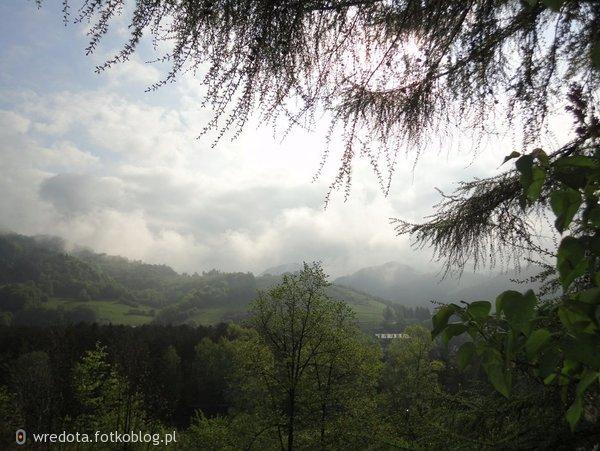 ..nasze góry ...Wierchomla w chmurach