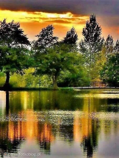 Woda to żywioł płynny, nie pozwoli się tak łatwo zdominować. ...