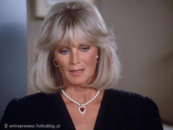 Linda Evans as Krystle 24