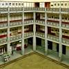 Wewnętrze krużganki piętrowe.  ::