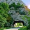 Każdy ciemny tunel na swoim końcu ma choć niewielkie światełko nadziei.  ...  ::